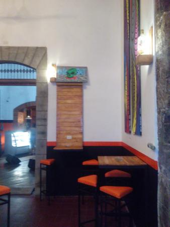 Bigfoot Hostel: remodeled bar 2