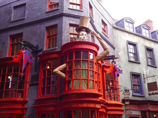 Weasleys Wizard Wheezes Universal The Daily Prophet - Pi...