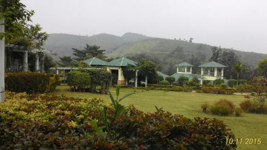 Ananthagiri Hill Resort : P_20151110_105915_p_large.jpg