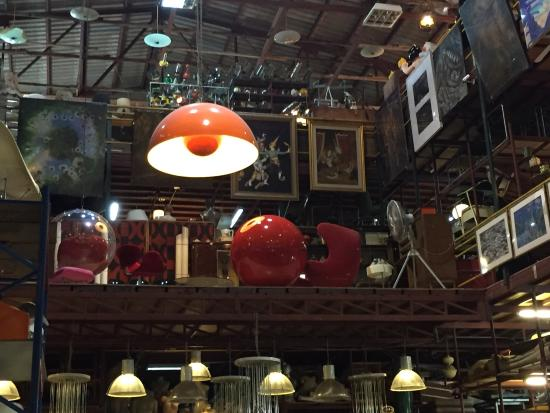 Papaya Design Furniture & Studio: Papaya Vintage Shop