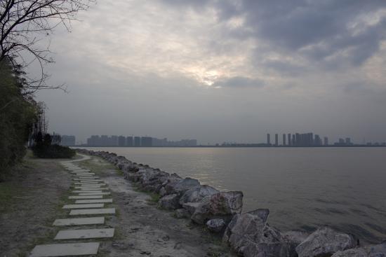 near Dushu Lake