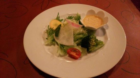 Pasta Cuore: ペスカトーレ&サラダ