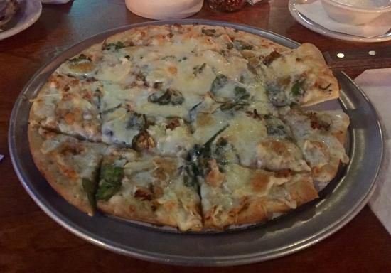 Corner Bar: Timber wolf Pizza