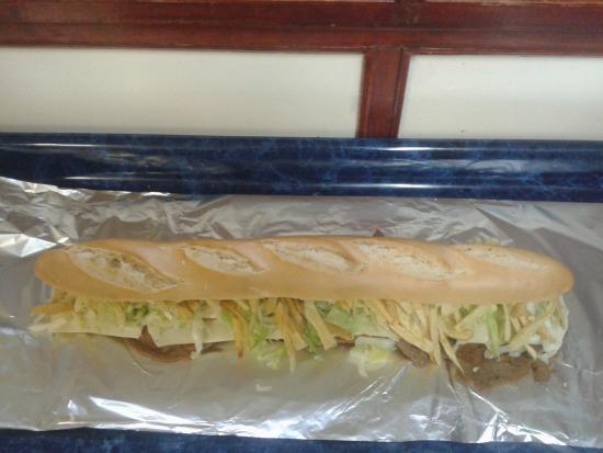Patagonia food: Megasandwich