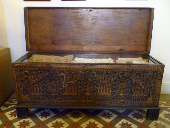 Pierides Museum - Bank of Cyprus Cultural Foundation: Ornate chest