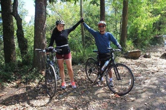 Bali C Bike: rest near the valley