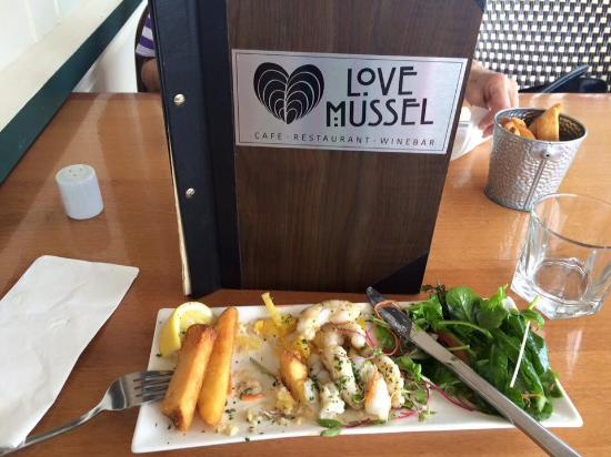 Love Mussel: Salt and Pepper Squid