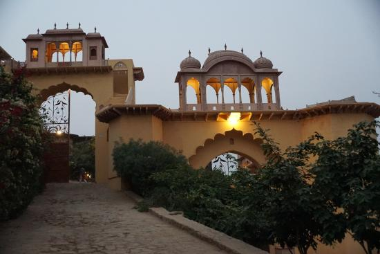 Neemrana's Tijara Fort-Palace: The entrance