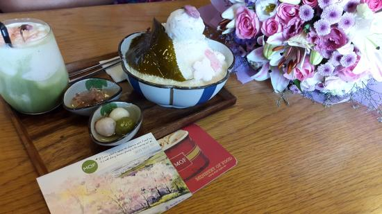 Mof: Sakura ice cream atop shaved ice and matcha novelty desserts