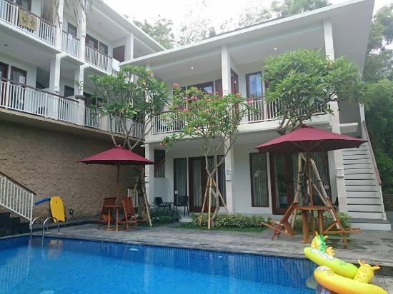 Dewi Villa Padangbai
