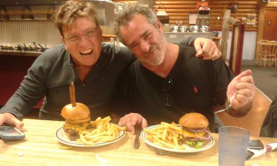 Twin Bridges, มอนแทนา: Unas ricas hamburguesas
