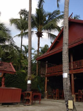 V.J. Hotel & Health Spa: Веранда ресторана