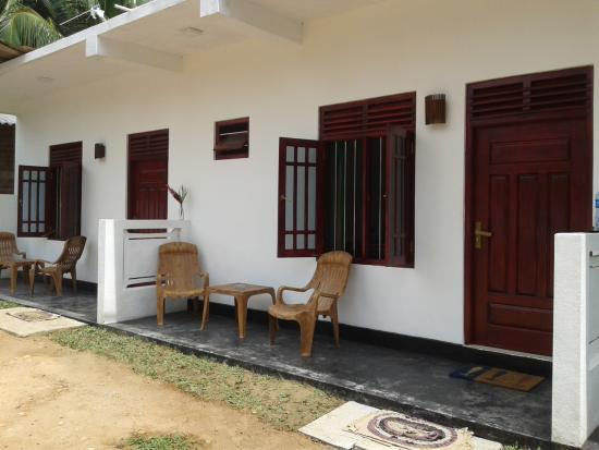 Family Guest House: out side king rooms