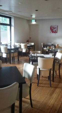 City Hotel Tilburg: Ontbijtruimte