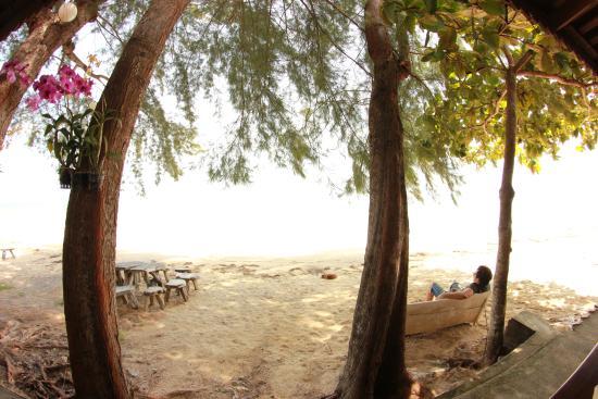I Talay: On peut manger sur la plage