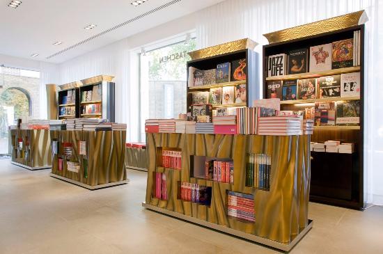 倫敦旗艦書店