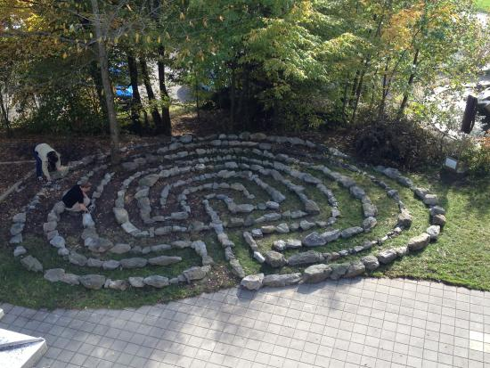 Walkringen, Switzerland: Labyrinth vor dem Sensorium-Eingang