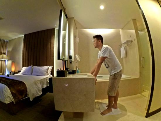 bath tub in open area of the room picture of po hotels semarang rh tripadvisor com