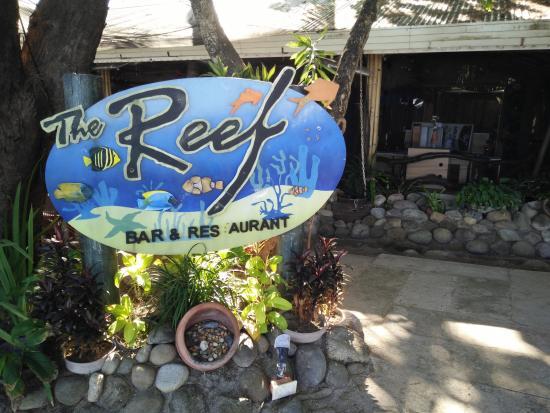 Camayan Beach Resort and Hotel : the Reef, restaurant inside the resort