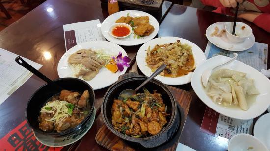 Daxi Honglou Huaijiu Restaurant