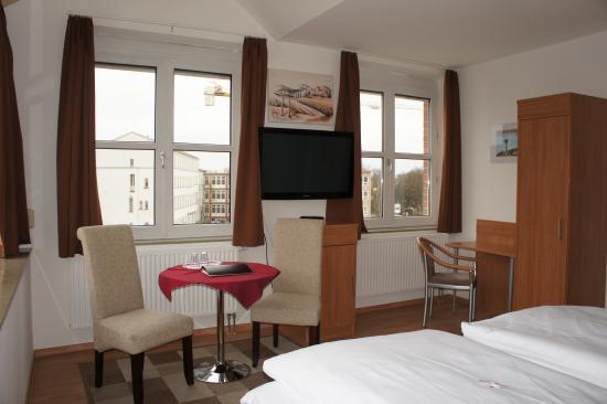 garni am hopfenmarkt hotel rostock tyskland omd men och prisj mf relse tripadvisor. Black Bedroom Furniture Sets. Home Design Ideas