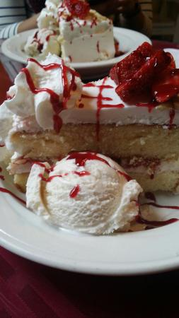 Excellent food and desserts