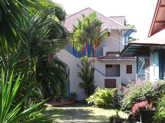 Zandoli Inn Photo