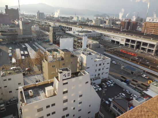 Hotel Route Inn Tokuyama Ekimae : 徳山駅を見下ろす構図