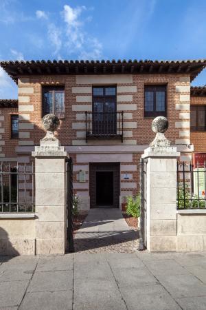 Museo casa natal de cervantes alcal de henares lo que - Casas regionales alcala de henares ...