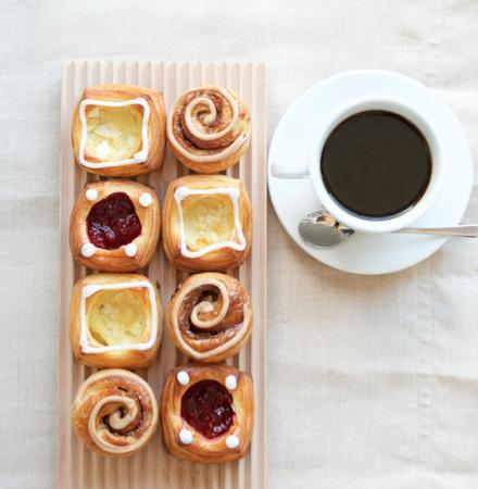 Andersen Bakery: Danish Pastry and River Coffee