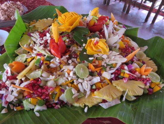 Kadaltheeram Ayurvedic Beach Resort : Ani's Chef-Salat