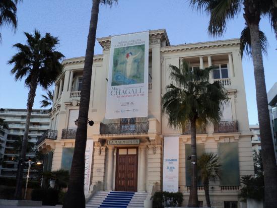 Centre d'art La Malmaison at Cannes : Palazzina