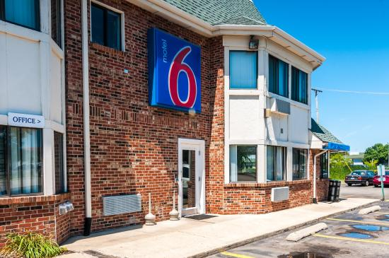 motel 6 chicago elk grove 44 4 9 prices reviews elk rh tripadvisor com