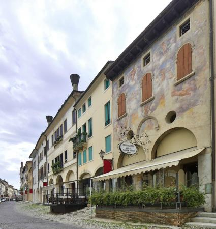 BEST WESTERN Hotel Canon d'Oro: Exterior