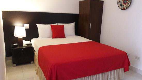 AZ Hotel & Suites: Habitación Sencilla con una cama