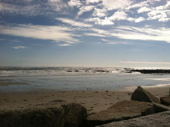 Biddeford, Μέιν: Low tide after a big storm, during the full moon. Lower than normal.