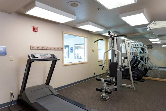 Shilo Inn Suites - Warrenton: Keep your fitness goals while on the road! Our fitness center is available 24hrs, with no extra