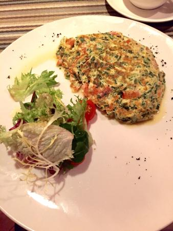 Entree: French spinach omelette - Amazing!