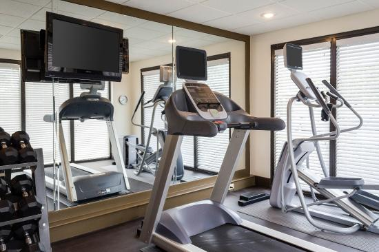 Comfort Suites Starkville : Fitness Room