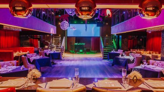 Клубы в белокурихе ночные стриптизерши ночных клубов