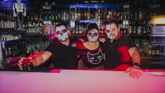 Фото из ночных клубов с хэллоуина юмор ночной клуб