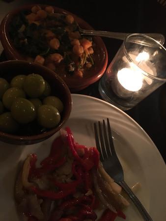 Canaletes Tapas & Wine