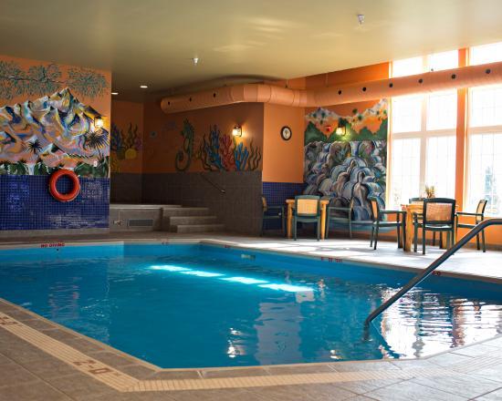 BEST WESTERN PLUS Grand-Sault Hotel & Suites: Pool