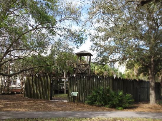 Collier County Museum : Seminole War Fort