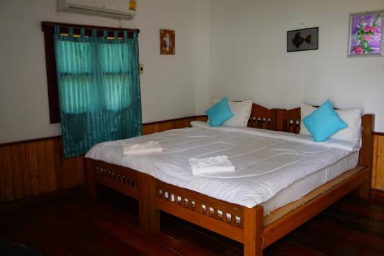 seaview in der ersten reihe etwas links ist der strand bild fr n koh kood cabana ko. Black Bedroom Furniture Sets. Home Design Ideas