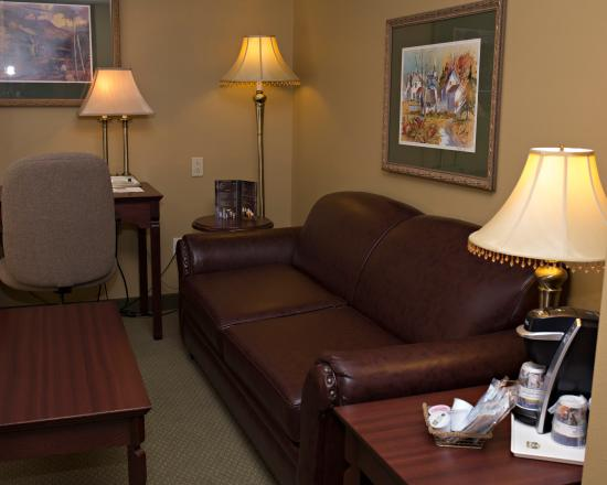 best western plus grand sault hotel suites updated. Black Bedroom Furniture Sets. Home Design Ideas