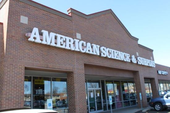 ‪American Science and Surplus‬