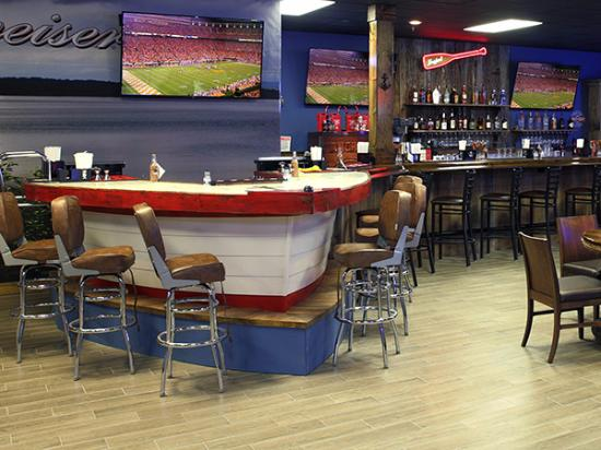 Byrdstown, TN: Custom Bar in Anchor Down