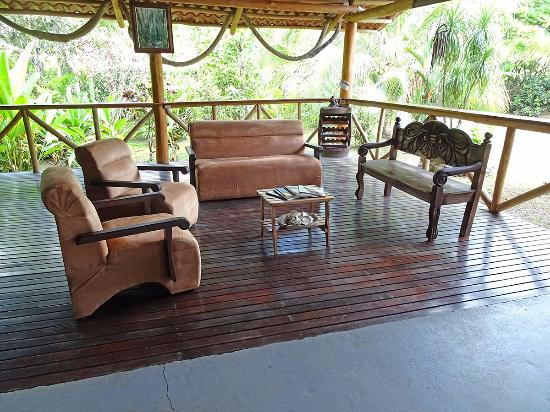 Las Islas Lodge: Un angolo per il relax accanto al bad
