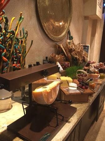 AL Liwan Restaurant